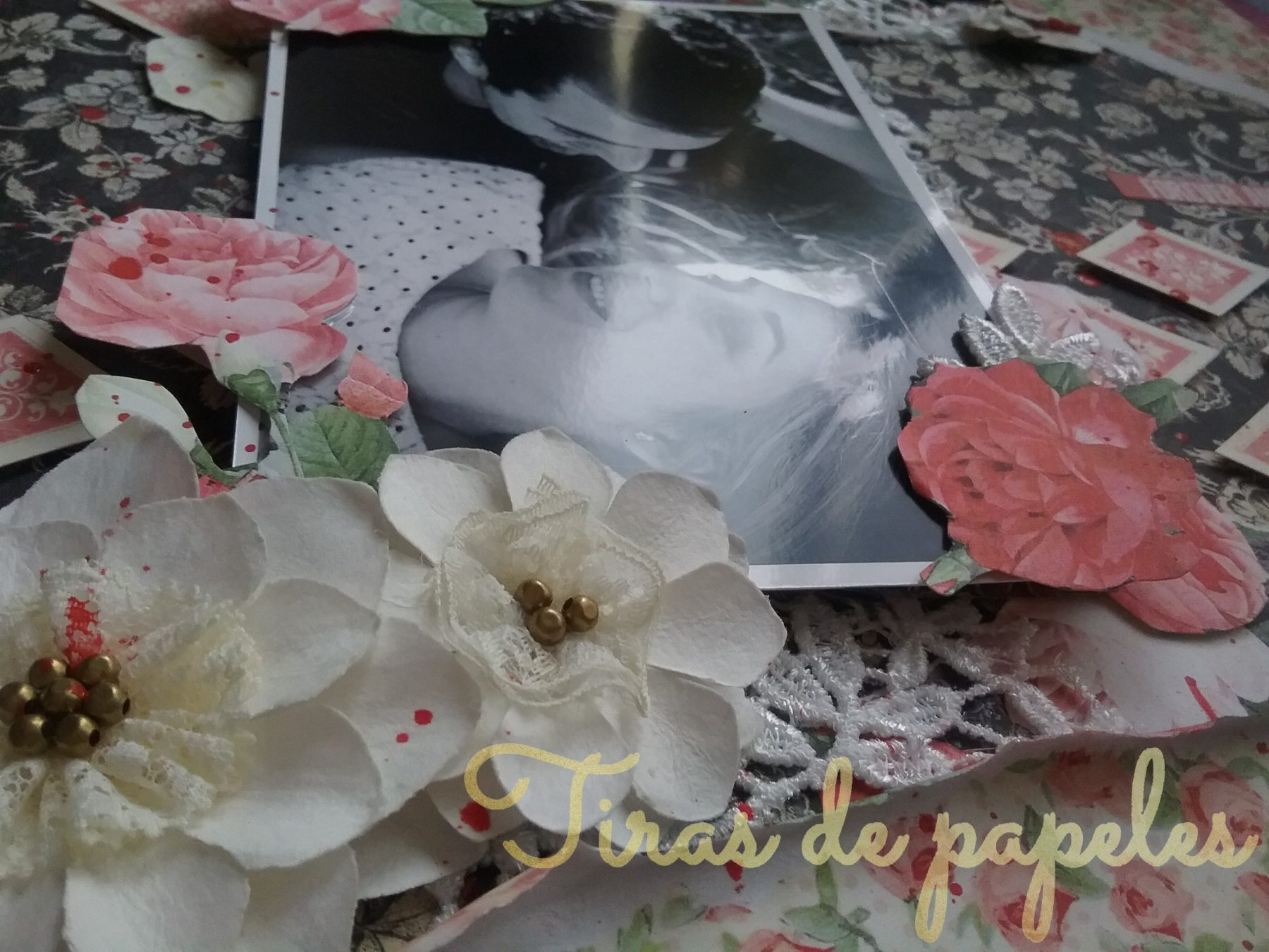 Detalle de flores de Prima Marketing usadas en Layout
