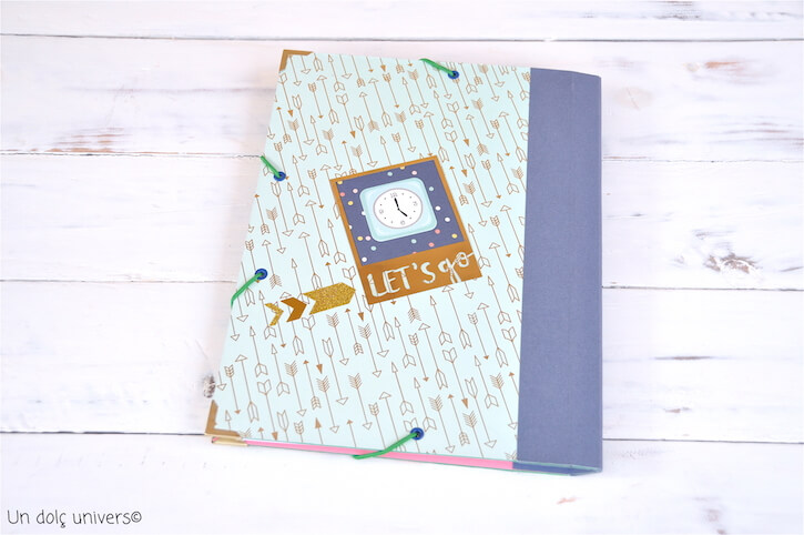 Decorar carpeta scrapbooking