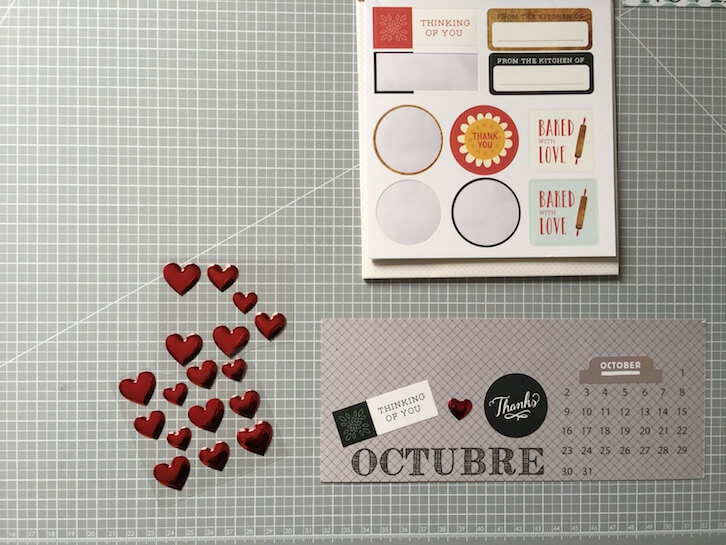 Decorar calendario con pegatinas